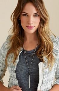 gitane_with_tassel_necklace_silver_model